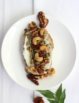 Coconut Curry Lime nut mix healthy snack Amazin'Nuts with pecans, cashews, curry powder, coconut and lime