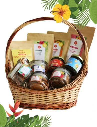 Ramadan healthy snacks gift hamper featuring the full range of healthy, modern snacks from Amazin;' Graze and RCKL's Ramadan Specials Range